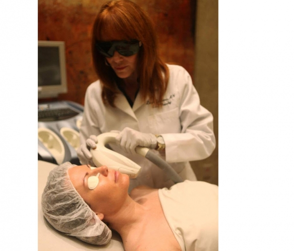 Adam eve medical aesthetics scottsdale az spa week for Adam and eve beauty salon in katy