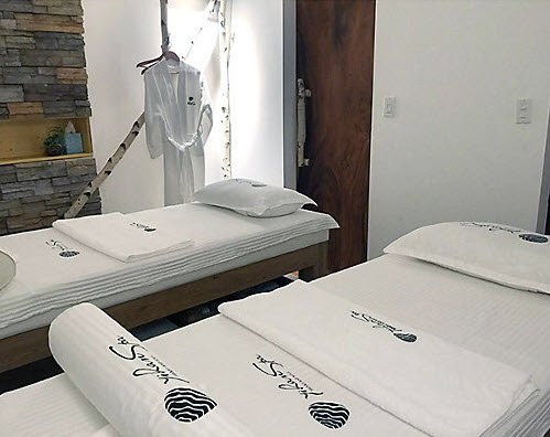 Yihan Spa Couples Massage