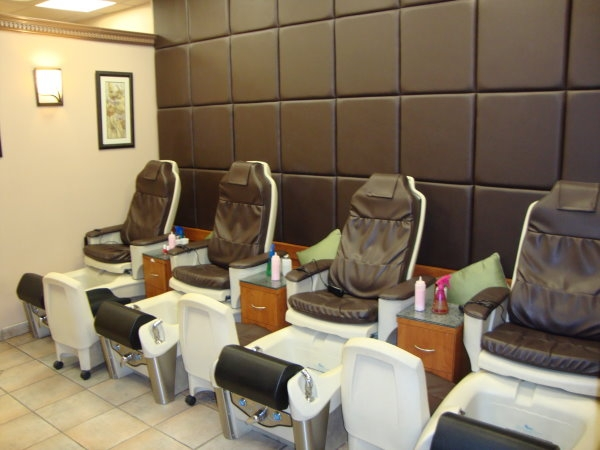 Nail spa nyc best nails 2018 best nail salons in chelsea nyc art ideas prinsesfo Images