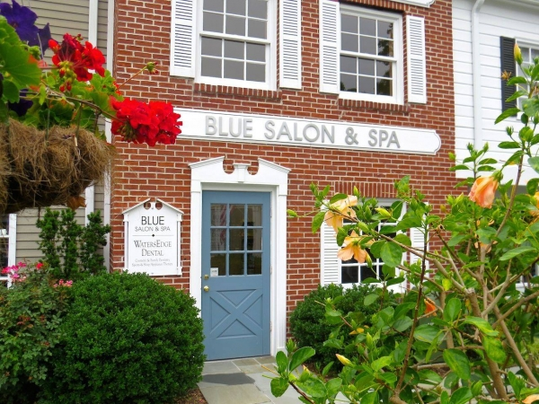 Blue Salon and Spa Store Front